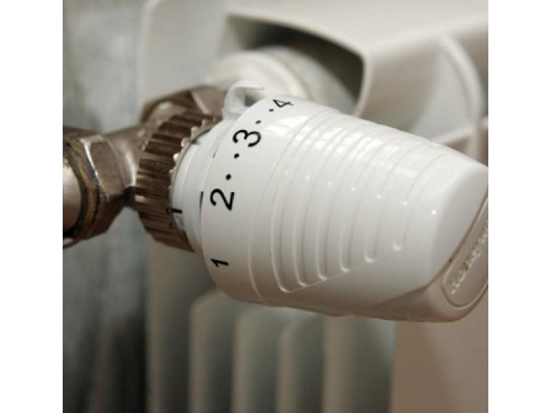 Prievaizdai nurodė padidinti šilumos kainas. Kam teks mokėti daugiau?