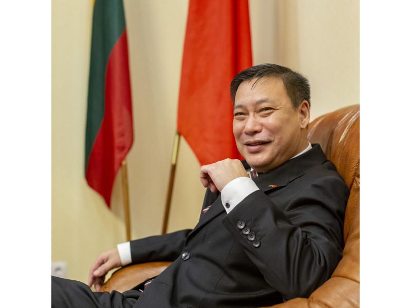Kinijos ambasadorius Lietuvoje J.E. ponas Zhifei Shen
