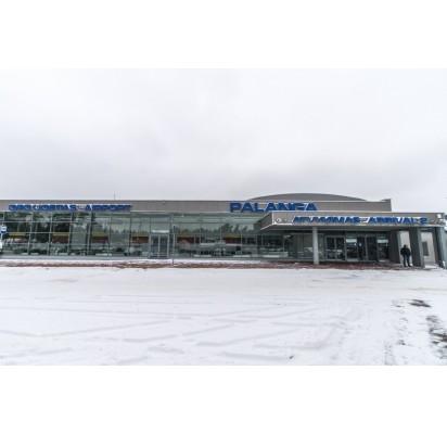 Gera žinia Palangos oro uosto keleiviams – naujos stovėjimo vietos apsaugos nuo spūsčių