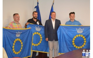 Įteiktos Palangos vėliavos mototurizmo ralio dalyviams