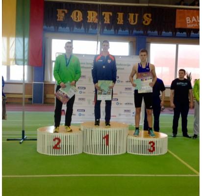 Mantas Stonkus pasipuošė bronzos medaliu. Palangos SC nuotr.