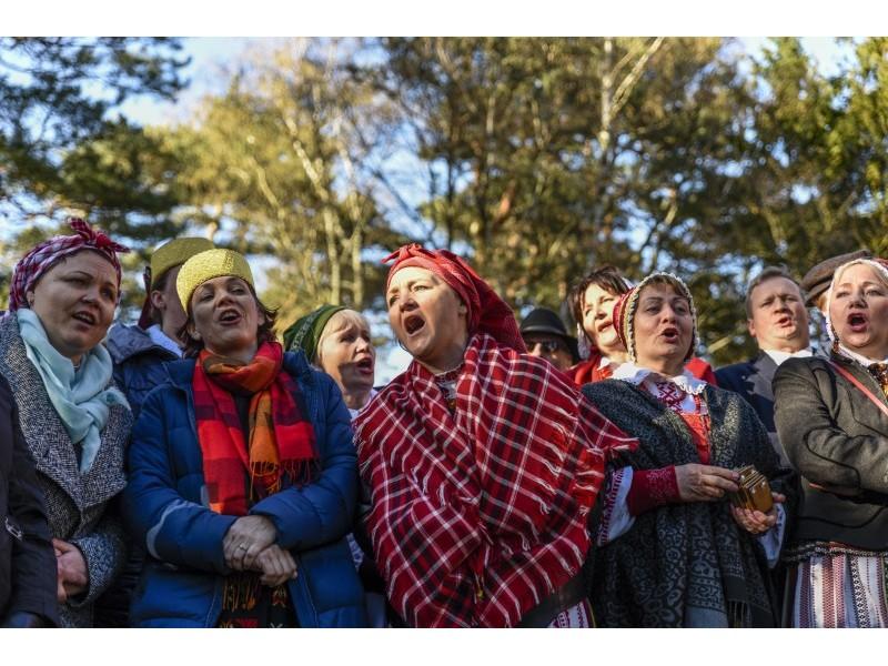 """Palanga šventė Jurgines – tarp 15 folkloro ansamblių ir """"Saduto"""" iš Londono"""