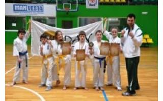 Karate kiokušin mokykla –vėl stipriausia Lietuvos vaikų čempionate