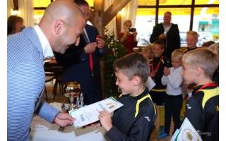 """FK """"Gintaras"""" debiutas Lietuvos vaikų čempionate – su garbingu čempionų titulu"""