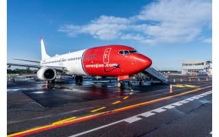 Bergeną iš Palangos oro uosto pakilo pirmasis lėktuvas