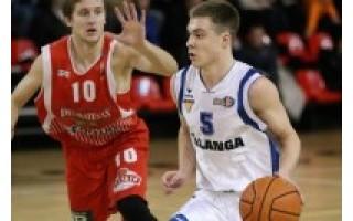"""NKL aštuntfinalyje Palangos """"Palanga"""" ir Joniškio """"Delikatesas"""" pasidalijo po pergalę"""