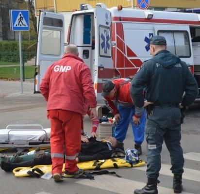 Vytauto-Žvejų g. sankryžoje nukentėjo motociklininkas