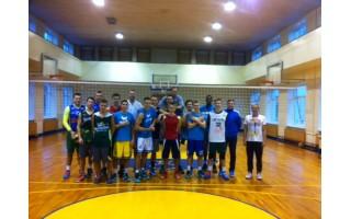 """,,Palangos"""" krepšininkai svečiavosi Senojoje gimnazijoje"""