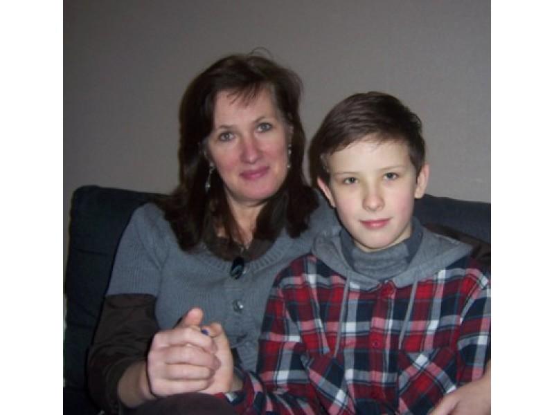 Mama sūnui Motiejui prieš dešimt metų paaukojo dalį savo kepenų
