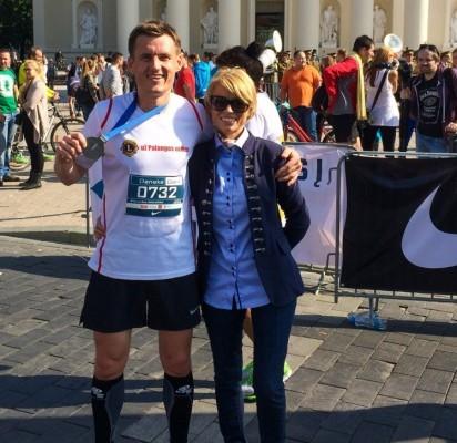 Linas ir Inga Baužiai prie finišo linijos.