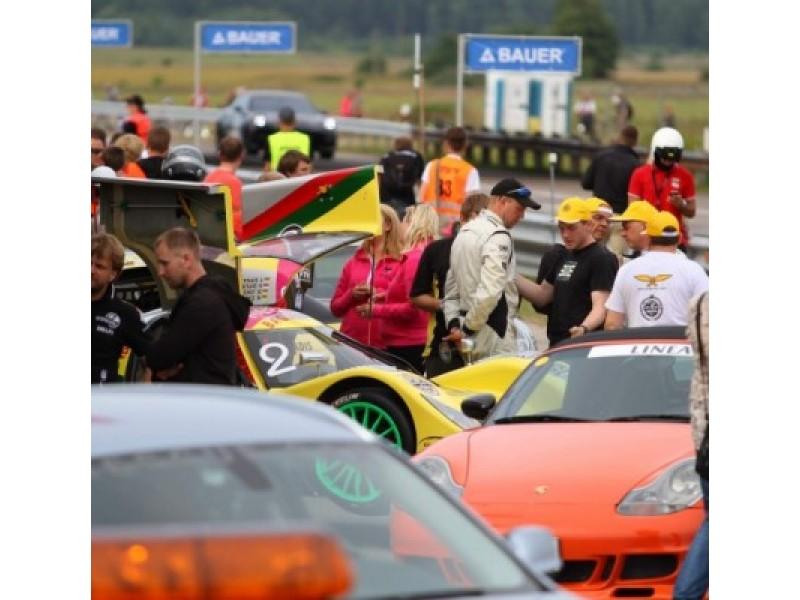 1000 km lenktynių trasą išbandys ir Robertas Javtokas