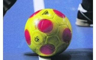 Salės futbolo turnyre sužaistos dar dvejos rungtynės