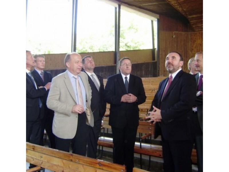 Palangos Vasaros estrados rekonstrukcijos reikalai pradėti spręsti praėjusių metų liepos mėnesį Vyriausybei Palangoje surengus išvažiuojamąjį posėdį.