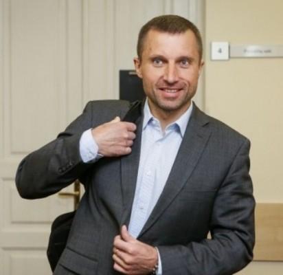 Vilniaus apygardos administracinis teismas (VAAT) paskelbė, kad V. Giržadas, buvęs FNTT direktoriaus pavaduotojas, iš pareigų buvusio Vidaus reikalų ministro R. Palaičio įsakymu buvo atleistas neteisėtai.