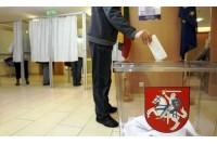 """Iš 8 kandidatų į Seimą – 4 išsiskyrę, vienas teistas, ir pora """"biednų"""""""