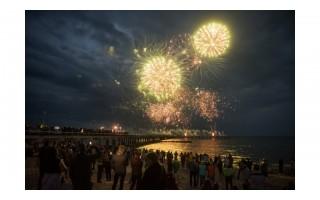 Vietos didžiausioms metų šventėms tirpsta – lietuviai už Naujųjų metų vakarienę Palangoje negaili stulbinančių sumų