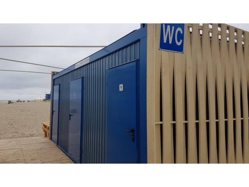 Sveiko proto sprendimų teks palaukti – teismas liepė konteinerinius tualetus paplūdimyje nugriauti