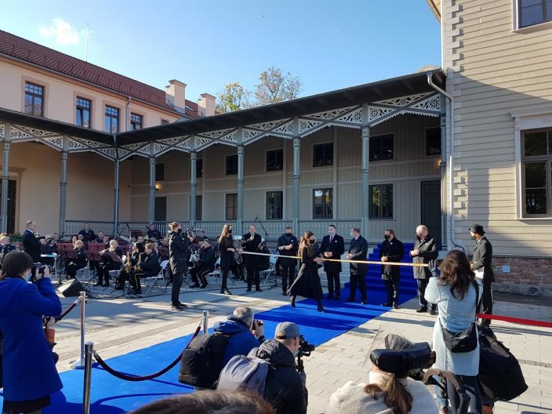 Medinė Palangos Kurhauzo dalis prikelta naujam gyvenimui (FOTOGALERIJA)