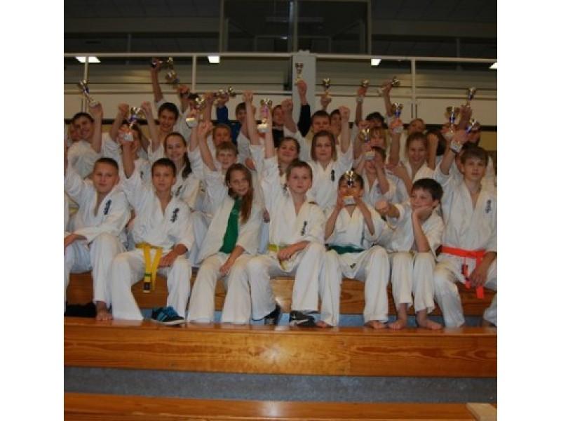 """""""Shodan"""" kovotojai – Olandijos karatė čempionate"""