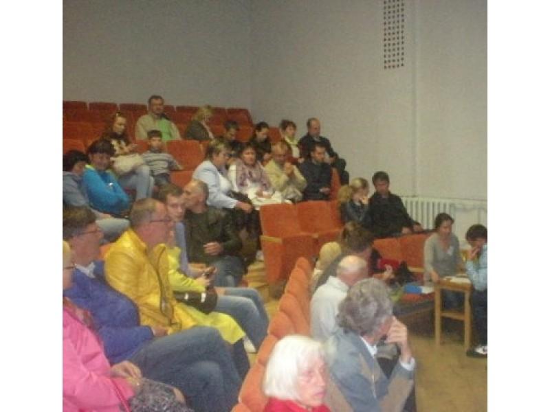 Sekmadienį įvykusiuose rinkimuose dalyvavo apie 50-60 seniūnaitijos teritorijoje gyvenančių gyventojų.