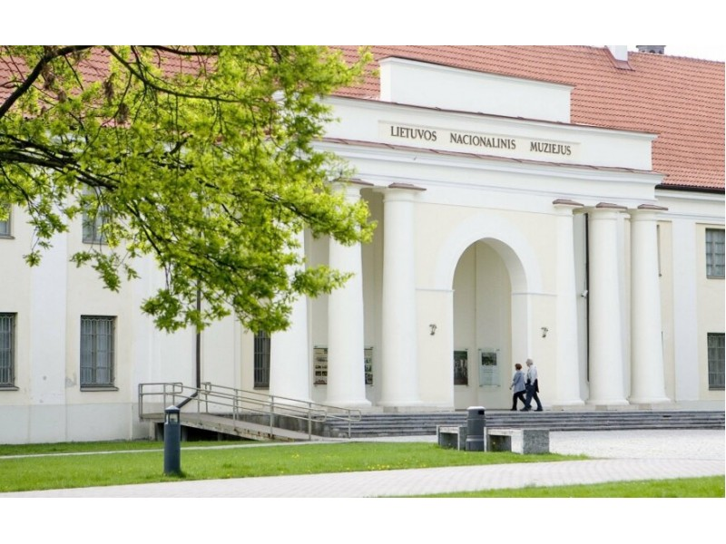 Lietuvos nacionalinis muziejus keliasi į vasaros sostinę: Palangos paplūdimyje kvies išbandyti archeologo darbą