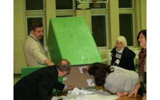 Seimo rinkimuose P. Žeimys aplenkė G. Krasauskienę vos 45 balsais, bet pergale džiaugtis dar anksti