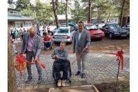Paraplegikams atidarytas patogus takas į pajūrį
