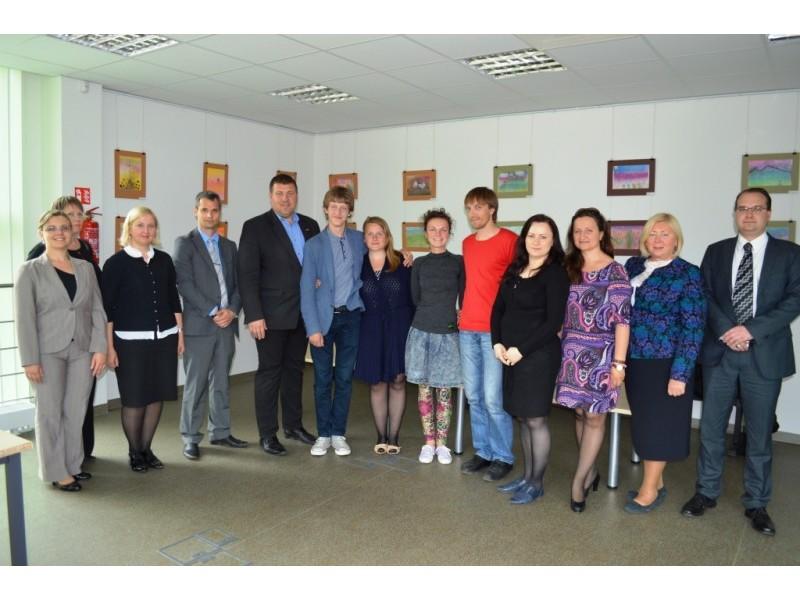 Darbo birža bendradarbiaus su Palangos jaunimo organizacijomis