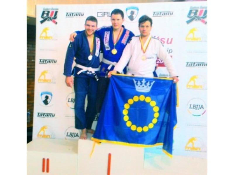Iš Lietuvos brazilų džiudžitsu čempionato – su medaliais