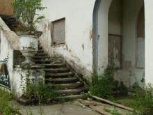 Baudą gavęs A. Valaitis tikino, jog dėjo maksimalias pastangas, kad žemės sklypas ir pastatas būtų prižiūrėti ir sutvarkyti, ir visos kreditorių skirtosios lėšos būtent tam ir panaudotos. / Aistės Andruškevičiūtės nuotr.