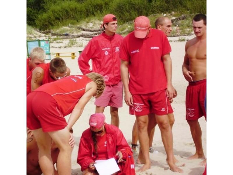 """Jaunuoliams – gelbėtojų mokymai """"Būk saugus vandenyje. Pirmoji pagalba skęstančiajam"""""""