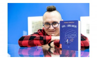 """Vaikų rašytojas iš Palangos: """"Vaikui reikia dviejų dalykų, kad jis pamėgtų skaitymą - skaitančių mamos, tėčio, brolio ar sesės ir geros knygos"""""""