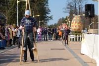 Velykinių margučių alėja priviliojo svečių net iš Kinijos