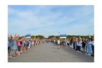 Palangiškiai ir kurorto svečiai džiugiai paminėjo Baltijos kelio 30-metį