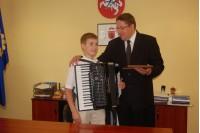 Jaunasis akordeonistas Algirdas Benetis nesustos ties antra vieta