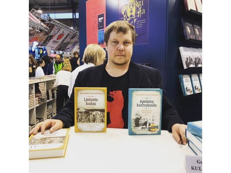 """Istorinių bestselerių rašytojas Gediminas Kulikauskas: """"19 amžiaus ir 2020-ųjų metų lietuvis rastų bendrą kalbą – apie blogą valdžią, mažą algą ir grybus, bet būtinai susipyktų"""""""