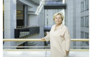 """Europarlamentarė Rasa Juknevičienė: """"Negalime savo vertybių iškeisti į krovinius"""""""