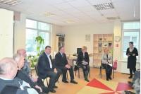 Dienos centro jaunimas diskutavo apie neįgaliųjų problemas