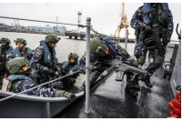 Vyksta Karinių jūrų pajėgų darbai Palangos ir Klaipėdos paplūdimiuose
