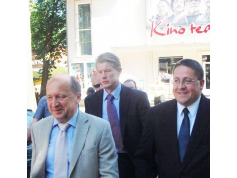 2011-ųjų liepą mero Š.Vaitkaus iniciatyva Palangoje vyko A.Kubiliaus vadovaujamos Vyriausybės išvažiuojamasis posėdis.