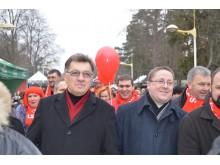 Premjerą A. Butkevičių Stintų šventėje lydėjo meras Š. Vaitkus, skyriaus socialdemokratai