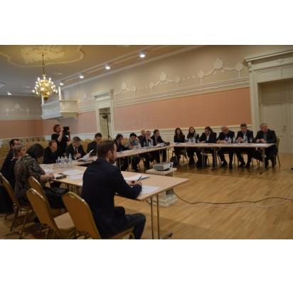 Lietuvos ir Latvijos atstovai – ambasadoriai, politikai, ministerijų bei kultūros srities specialistai – dar gegužę Palangoje aptarė pasirengimą rugsėjį kurorte vyksiantiems kultūriniams renginiams – Baltų vienybės dienai
