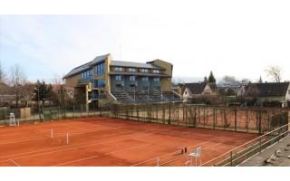 Palangai perduotas milijoninės vertės turtas – sporto bazė su teniso kortais