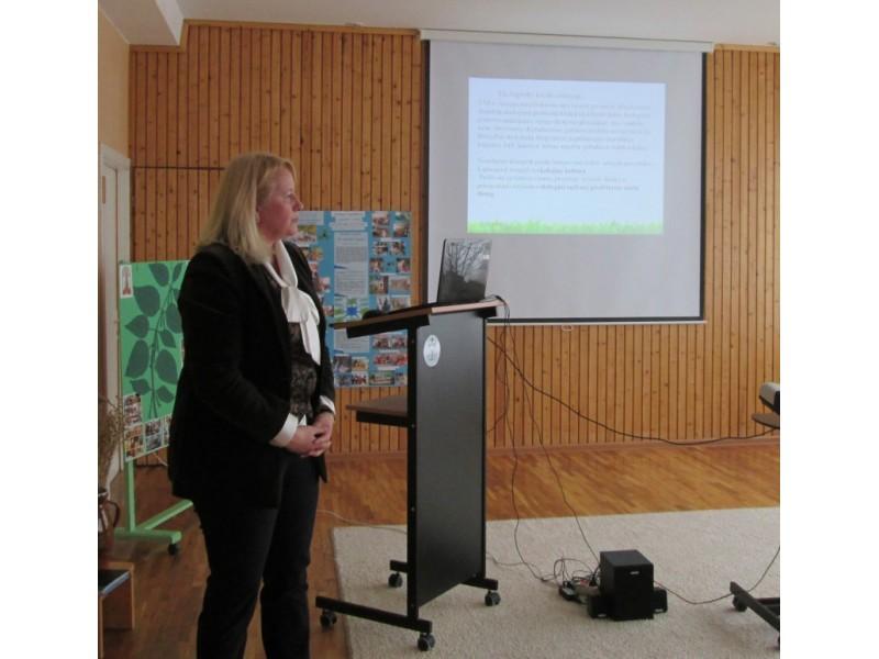 Lietuvos edukologijos universiteto Profesinių kompetencijų tobulinimo instituto direktoriaus pavaduotoja doc. dr. A. Rauckienė-Michaelsson.