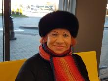 80-metė palangiškė Regina Rudžianskienė su kauniete drauge Birute pasirinko stoties keleivių salę susitikimo ir pašnekesių vieta.