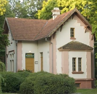 Sargo namelis, dar vadintas sargine, prie dabartinio pagrindinio įėjimo į Birutės parką iškilo 1902 metais.