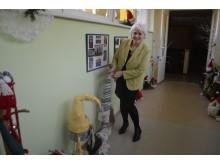 """""""Gintarėlio"""" direktorė Ilona Milkontė parodė, kokius įspūdingus nykštukus bendruomenė sukūrė."""