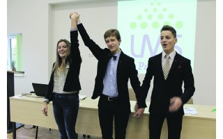 Mokinių savivaldos forume išrinkta nauja Palangos MSIC pirmininkė