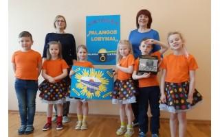 """""""Ąžuoliukas"""" priešmokyklinukai paminėjo Palangos grąžinimo Lietuvai šimtmetį"""