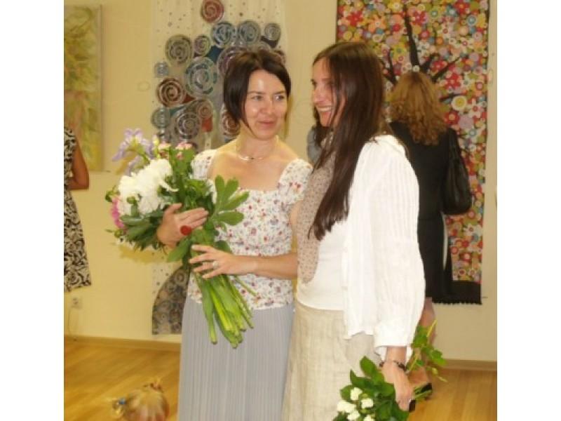 Klubo vadovei D. Stonkuvienei – gėlės ir padėkos ne tik nuo esamų, bet ir buvusių ar būsimų klubo narių.